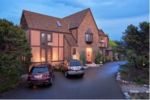 Tudor Rose Bed & Breakfast And Chalets
